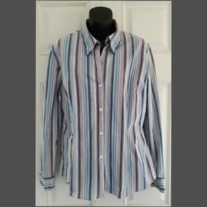 New York & Company City Stretch Button Front Shirt
